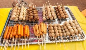 Vleesballetje en hotdog Stock Foto's