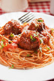 Vleesballetjes met spaghettideegwaren Royalty-vrije Stock Afbeelding