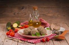 Vleesballetjes met tomatensaus stock foto