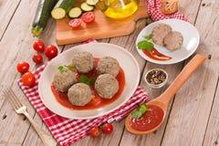 Vleesballetjes met tomatensaus royalty-vrije stock foto's