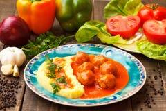 Vleesballetjes in tomatensaus Stock Fotografie