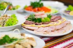 Vleesbesnoeiing stock afbeelding
