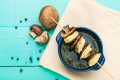Vleesbollen - Russische gekookte pelmeni in plaat Royalty-vrije Stock Afbeeldingen