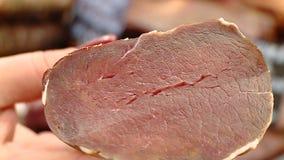 Vleesdelicatessen voor amateurs om omhoog te eten stock footage