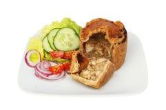 Vleespastei en salade Stock Foto