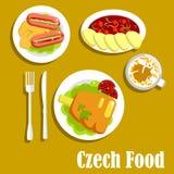 Vleesschotels en drank van Tsjechische keuken Stock Afbeelding