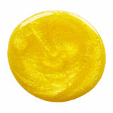 Vlek van geel nagellak stock fotografie