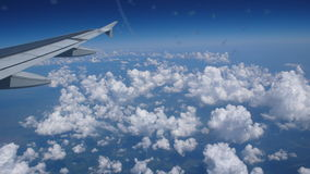 Vleugel van een vliegtuig Stock Fotografie