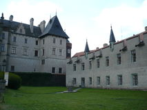 Vleugel van Žleby Chateau Stock Foto's