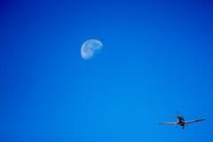Vlieg aan de maan Royalty-vrije Stock Fotografie