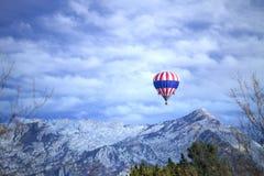 Vlieg op een kleurenavontuur Stock Fotografie