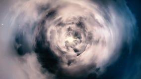 Vliegend door een tunnel van de de de nachthemel, sterren en wolken Nachtvlucht over wolken lijn stock afbeeldingen