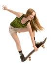 Vliegend meisje -meisje-skateboarder Stock Fotografie