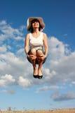 Vliegend mooi meisje royalty-vrije stock foto