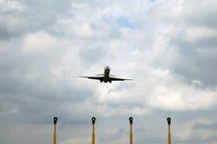 Vliegend vliegtuig stock foto's