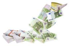 Vliegende euro geïsoleerde rekeningen Stock Foto