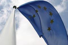Vliegende Europese vlag Royalty-vrije Stock Afbeelding