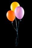 Vliegende geïsoleerdee ballons Stock Afbeeldingen