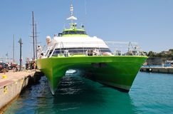 Vliegende kattenveerboot in Patitiri Stock Afbeeldingen