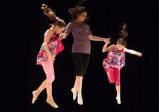 Vliegende meisjes Stock Foto