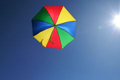 Vliegende paraplu Royalty-vrije Stock Foto's
