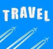 Vliegende vliegtuigen op de blauwe hemel Stock Fotografie