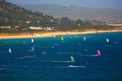 Vlieger die Tarifa surfen Royalty-vrije Stock Foto