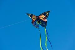 Vlieger met blauwe hemel Royalty-vrije Stock Afbeelding