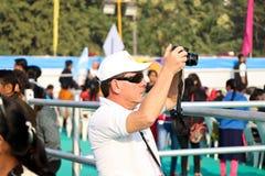 Vliegervlieger bij 29ste Internationaal Vliegerfestival 2018 - India Royalty-vrije Stock Foto's