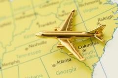 Vliegtuig dat over Zuidelijke Verenigde Staten reist. Royalty-vrije Stock Afbeeldingen
