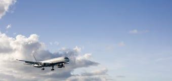 Vliegtuig in de hemel Royalty-vrije Stock Afbeelding