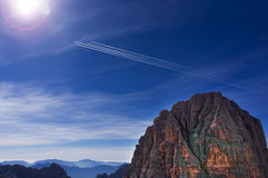 Vliegtuig in de hemel 4 vliegtuigen in dezelfde richting Royalty-vrije Stock Foto