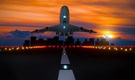 vliegtuig die baan opstijgen Royalty-vrije Stock Foto's