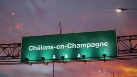 Vliegtuig die chalons-Engels-Champagne landen tijdens een prachtige zonsopgang frans vector illustratie