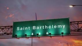 Vliegtuig die Heilige Barthelemy landen tijdens een prachtige zonsopgang frans vector illustratie