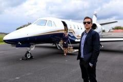 Vliegtuig die op u wachten royalty-vrije stock foto