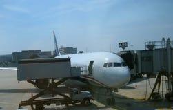 Vliegtuig en luchtvaart Stock Foto's