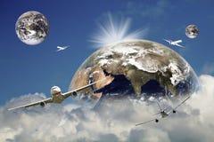 Vliegtuig globaal bedrijfsreisconcept Royalty-vrije Stock Foto