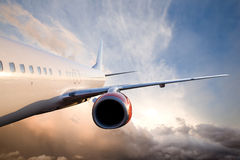 Vliegtuig in Hemel royalty-vrije stock fotografie
