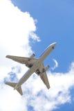 Vliegtuig het opstijgen Royalty-vrije Stock Foto's