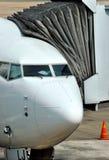 Vliegtuig met passagiersvervoer Stock Foto's
