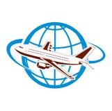 Vliegtuig op de achtergrond van het planeetsymbool van luchtvervoer Royalty-vrije Stock Foto's