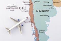 Vliegtuig op kaart Royalty-vrije Stock Foto