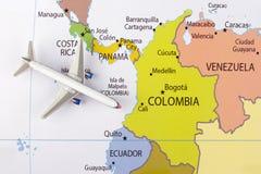 Vliegtuig op kaart Royalty-vrije Stock Afbeelding
