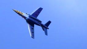 Vliegtuig tijdens de vlucht stock afbeeldingen