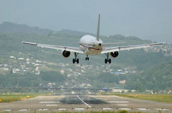 Vliegtuig vlak alvorens Te landen. Royalty-vrije Stock Afbeeldingen