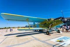 Vliegtuigen Antonov een-2 Royalty-vrije Stock Foto's