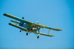 Vliegtuigen Antonov een-2 Stock Foto
