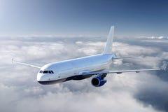 Vliegtuigen in de hemel stock afbeelding