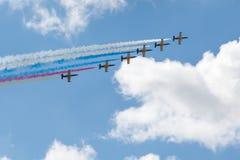 Vliegtuigen die op een rij vliegen Royalty-vrije Stock Fotografie